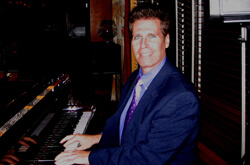 Arnie Abrams – One of the Finest Pianists in Central Jersey, North Jersey and South Jersey