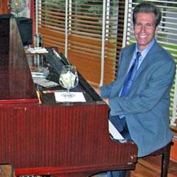 NJ Pianist Arnie Abrams at the formerly Acqua Ristorante in Raritan, NJ